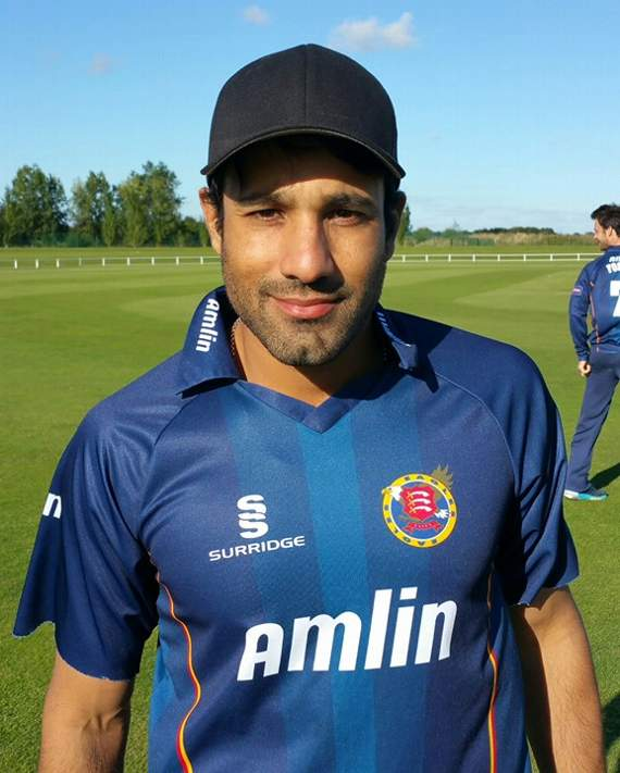 Masters and Bopara star as Essex recover