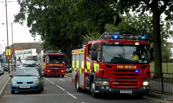 Twenty-five people saved from burning block of maisonettes in Wanstead Park